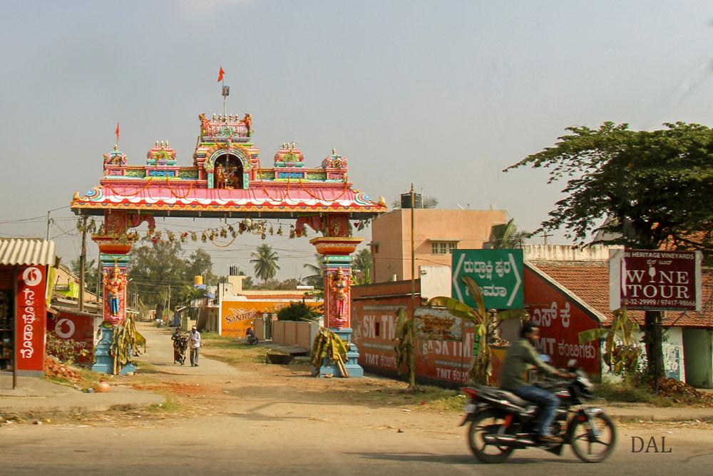 2015_01_India_08_road to Mysore_012